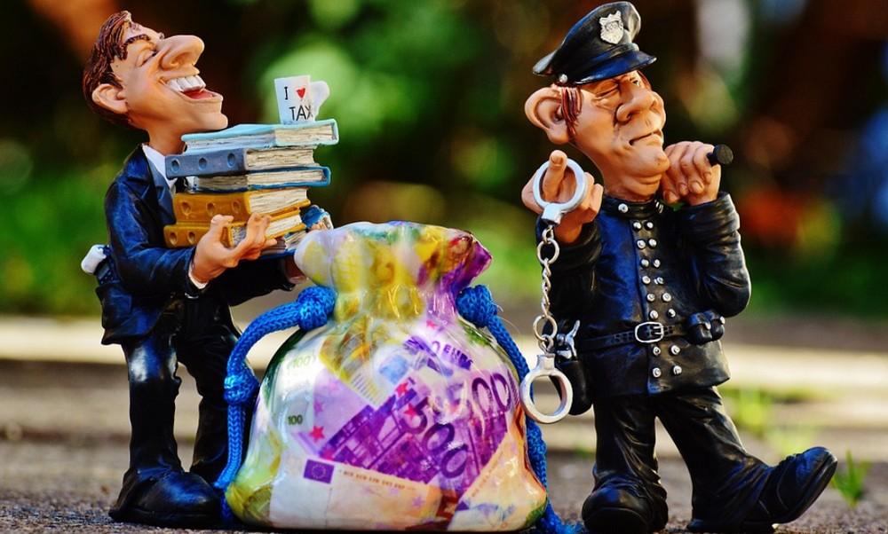 Штраф 5000 рублей за езду на автомобиле без страховки