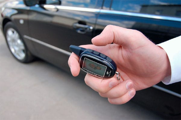 При угоне на машине не было сигнализационных устройств либо они были отключены